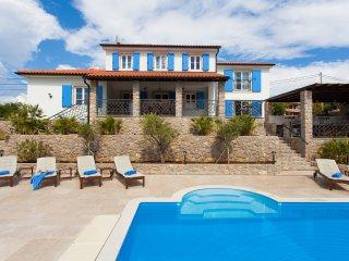 Beautiful Villa Mia with Swimming Pool, Krk