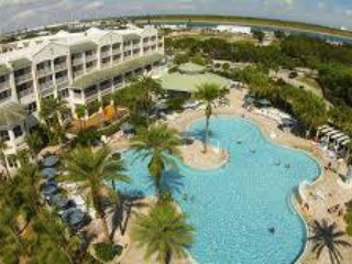 Holiday Inn Cape Canaveral Beach Resort -sleeps 10, Cap Canaveral
