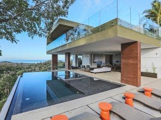 Spectacular Hillside Villa, Full-Service Concierge, Playa Grande