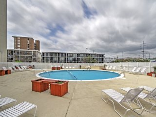 Alluring 2BR Ocean City Condo w/Private Balcony