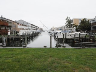 Bayside condo with all the creature features., Ocean City
