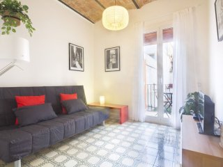 Golden Sagrada Familia apartment in Eixample Dreta with WiFi, airconditioning