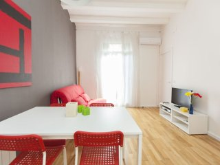 Universitat Nouveau apartment in Eixample Esquerra with WiFi, airconditioning, Barcellona