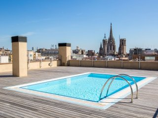 Luxury Central Angel apartment in Barrio Gotico with WiFi, airconditioning