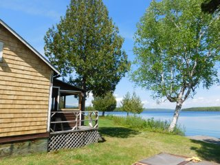 Rangeley Lakeside Cottage