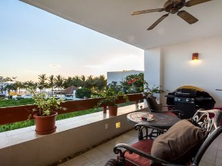 Casa Vista Hermosa (8310) - Spectacular Ocean View, 100 Yards to Beach, Cozumel