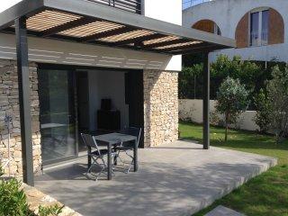 studio indépendant dans villa d'architecte, Cassis
