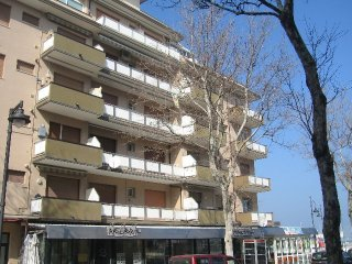 Apartment nr. 06 - Cesenatico Ponente - Rent  One-Bedroom Apartments