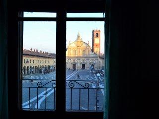 La finestra sulla Piazza, Vigevano