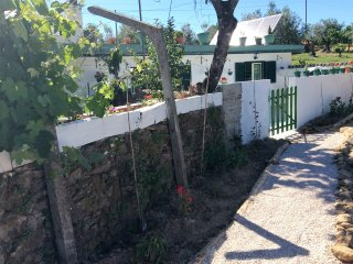 Greenhouse Cottage,  Outeiro, Nr. Serra Tomar