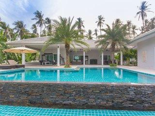 Villa Laemsor, Surat Thani