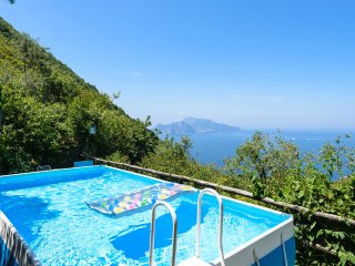 Villa with pool & sea view on Capri, Sorrente
