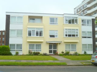 3 south house, Frinton-On-Sea
