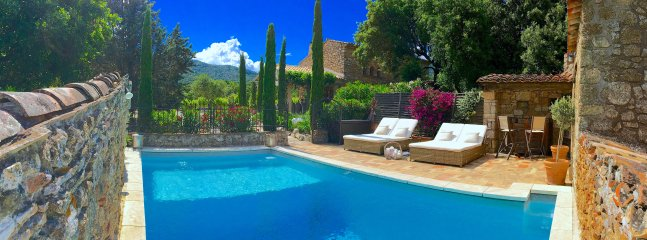Bastide 1 Pool and House on a pristine vineyard surrounded by acres of green