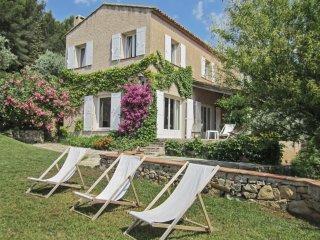 Maison familiale avec piscine et jardin, Sanary-sur-Mer