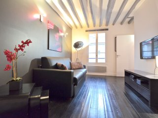 Catherine de Jarente, 1BR/1BA, 4 people, Parijs