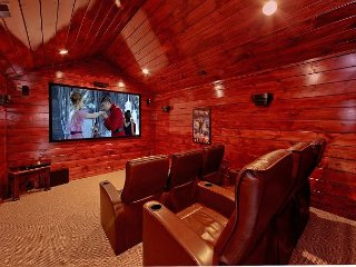 Private theater room with surround sound!, Gatlinburg