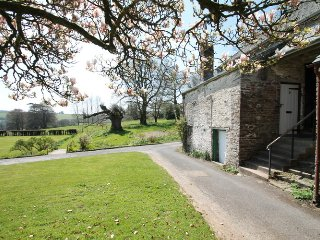 Barn Cottage, Brayford - sleeps 5, Bratton Fleming