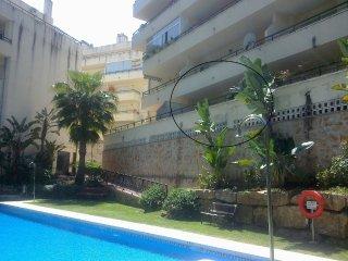Apartamento semi nuevo impecable para descaso, Sitio de Calahonda
