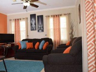 Jamaica Vacation Rentals - Quiet City Condo, New Kingston