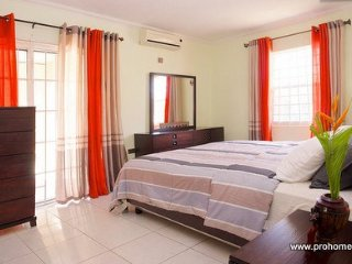 Jamaica Vacation Rentals - Two bedroom New Kingston Business Home