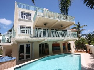Equisite Ocean View Pool Home with Hot Tub Dock, Key Largo