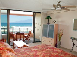 Maui Kai 307, Direct Oceanfront Vacation Rental