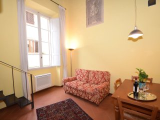 Belle Donne apartment in Duomo with WiFi, integrated air conditioning (hot / col