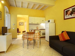 Mentana apartment in Santa Croce with ., Florence
