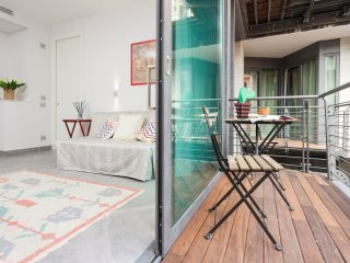 Casa Sara apartment in Centro Storico with WiFi, airconditioning, balkon & lift., Roma