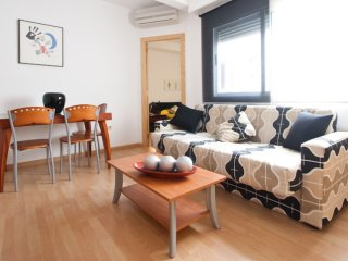 Cultura Parc II apartment in El Carmen with WiFi, airconditioning & lift.
