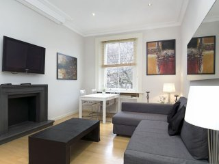 Onslow Gardens apartment in Kensington & Chelsea with WiFi., London