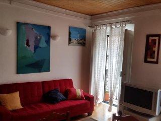São Luís III apartment in Bairro Alto with WiFi.