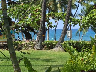 Oceanfront From Your Living Room, Kailua-Kona