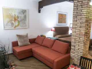 Vicolo Grotte apartment in Centro Storico with airconditioning (warm / koud)., Rome