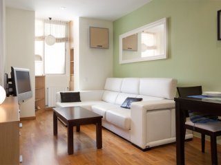 Francisco Giner apartment in Gracia with WiFi, airconditioning (warm / koud) & lift., Barcelona