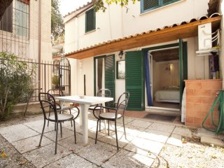 Trionfale Giardino apartment in Cipro with WiFi, airconditioning (warm / koud, Rome