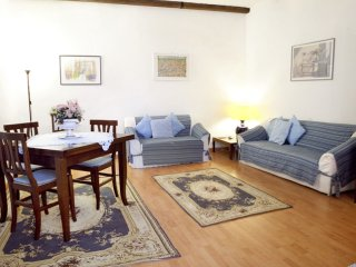 Vintage Navona apartment in Centro Storico with airconditioning (warm / koud