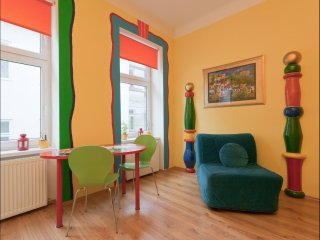 Belvedere Colours apartment in 03. Landstraße with WiFi & lift.