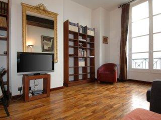 Petit Bourbon apartment in 04ème - Hôtel-de-Ville - Le Marais with WiFi.