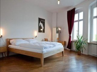 Belliner apartment in Mitte with WiFi, balkon & lift.