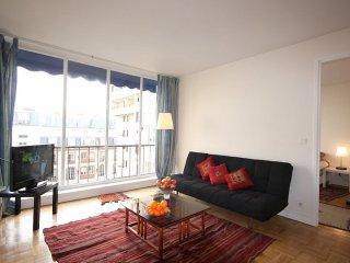 Ranelagh Lumineux apartment in 16ème - Bois de Boulogne - Trocadero with WiFi., Paris