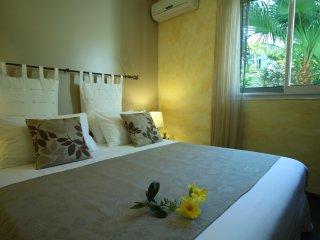 L'Oasis de Terre Rouge - Appartement Acacias - Chambre
