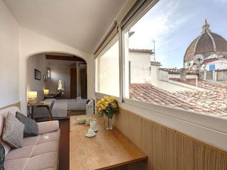 Duomo View apartment in San Marco with WiFi & airconditioning.