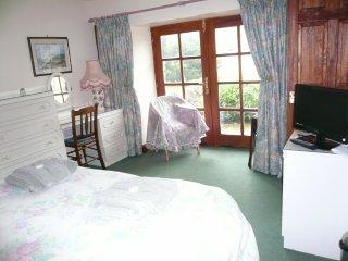 Rowan Tree Cottage Kingsize Bedroom