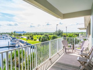 Awesome 3 Bed, 3 Bath Townhome, Water Views, Ruskin