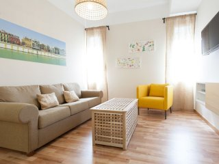 Laraña 5.3 apartment in Casco Antiguo with WiFi, airconditioning & lift., Seville