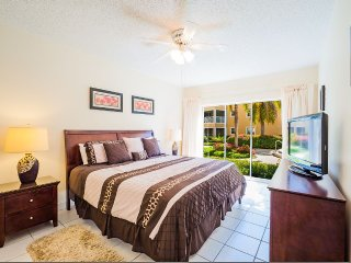Free 7th Night Thru Aug -Regal Beach #611 - 2BR OV, Isole Cayman