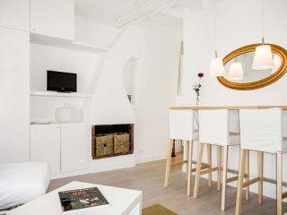 Tiquetonne Studio apartment in 02ème - La Bourse with WiFi., París