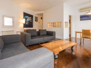 Alcala Familiar apartment in Salamanca with WiFi, air conditioning, balcony & li